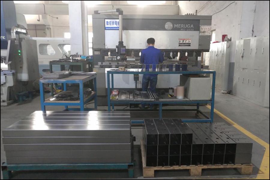Equipment 110 tons 3.3 meters