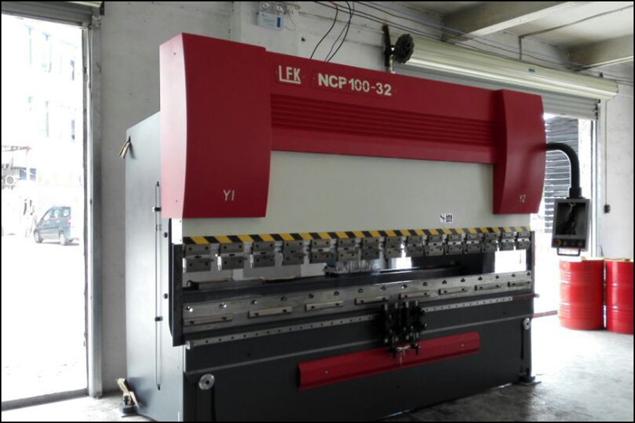 Large rolling machine