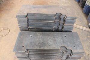 Selection of sheet metal processing materials
