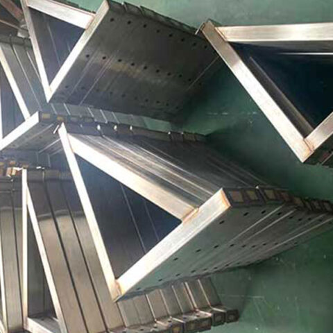 Welding-Processing-Of-Special-Shaped-Parts